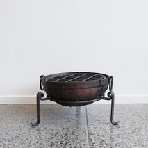 IRON FIRE BOWL WITH GRILL 40CM