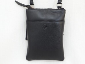 SECOND NATURE POUCH BAG BLACK